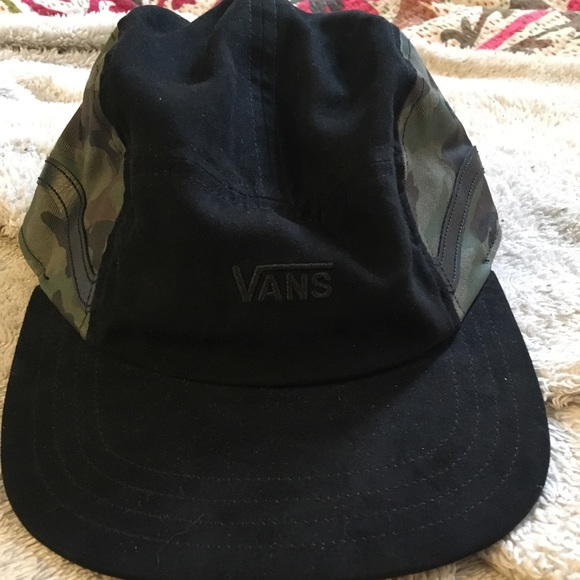 Vans Camo And Faux Suede 5 Panel Camper Hat. M 5b1446c2e944ba0e86921d86 18b18ea6240